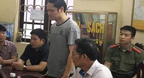 Chỉ mất 6 giây sửa một bài thi, ông Lương nâng điểm hơn 300 bài thi trong thời gian ngắn