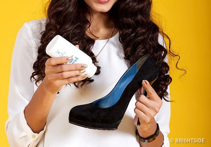 6 mẹo cực hay giúp giảm đau đớn khi đi giày cao gót, mẹo số 4 rất hiệu quả-2