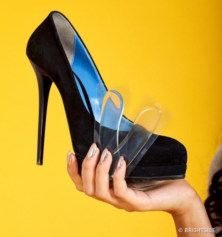 6 mẹo cực hay giúp giảm đau đớn khi đi giày cao gót, mẹo số 4 rất hiệu quả-4