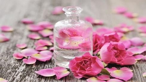 Nước hoa hồng chính là loại