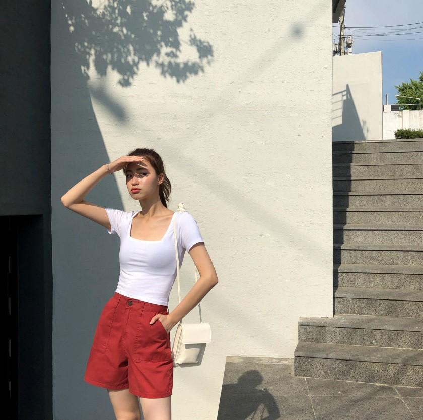 Như một thói quen: Ngày nắng nóng là chị em thi nhau lên đồ với 4 kiểu quần shorts xinh xắn, trendy này-13