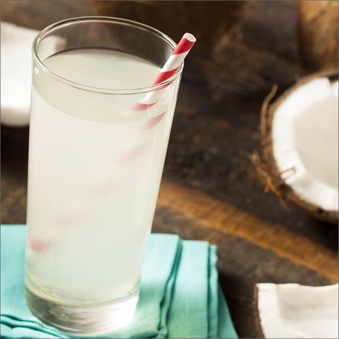 """Uống nước dừa vào mùa hè: Đừng quên những lưu ý đắt giá"""" từ chuyên gia để vừa khỏe vừa đẹp-4"""