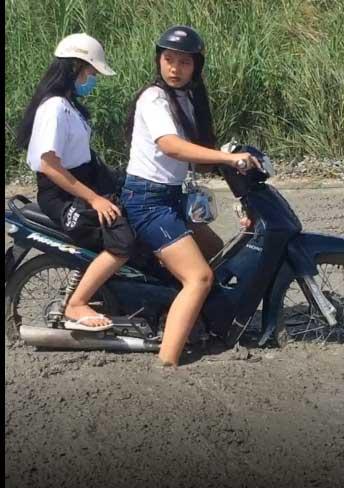 Clip: Ngán ngẩm nhìn 2 cô gái phóng xe đi mở đường, dân mạng phải thốt lên mắt chỉ để trang trí cho đẹp-2