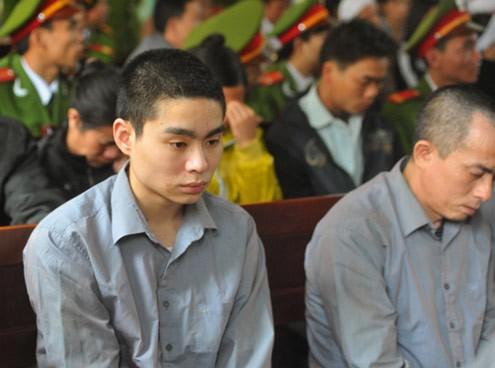Sau 8 năm, bố sát thủ Lê Văn Luyện trải lòng về chuỗi ngày tăm tối và những dòng thư xúc động gửi cán bộ trại giam-3