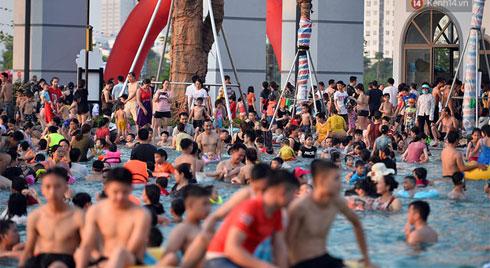 Trước khi xảy ra vụ bé trai đuối nước, công viên nước Thanh Hà bị phạt 20 triệu đồng vì vi phạm lỗi nhân viên cứu hộ, cơ sở y tế