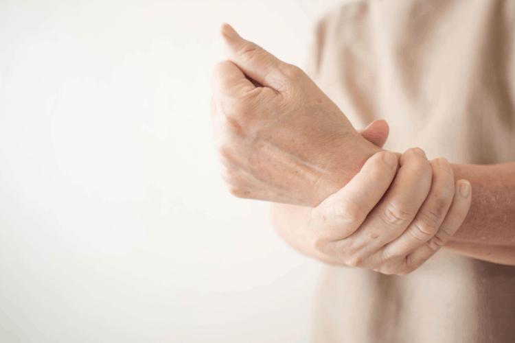 Những triệu chứng của bệnh đa xơ cứng-1