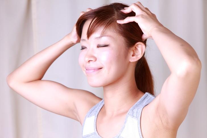 Để tóc nhanh dài và mềm mượt trong mùa hè, bạn hãy duy trì những thói quen này thường xuyên-6