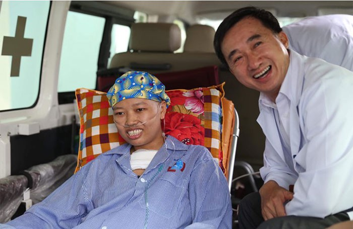 Người mẹ ung thư giai đoạn cuối và giây phút đầy nước mắt khi gặp con trai Bình An-7