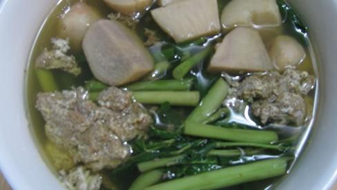 Món ăn từ cua đồng trị còi xương, tụ máu