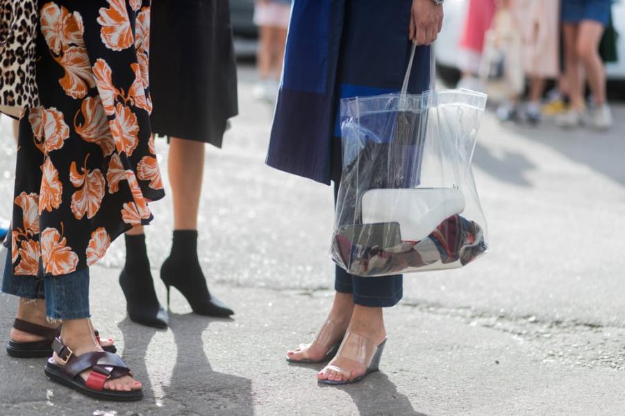 Các kiểu giày trần trụi đang ngày càng chiếm ưu thế được chị em ưa chuộng-6