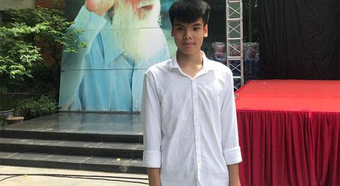 Con trai nữ lao công bị xe điên đâm tử vong trên đường phố Hà Nội đỗ lớp 10 trường Lương Thế Vinh