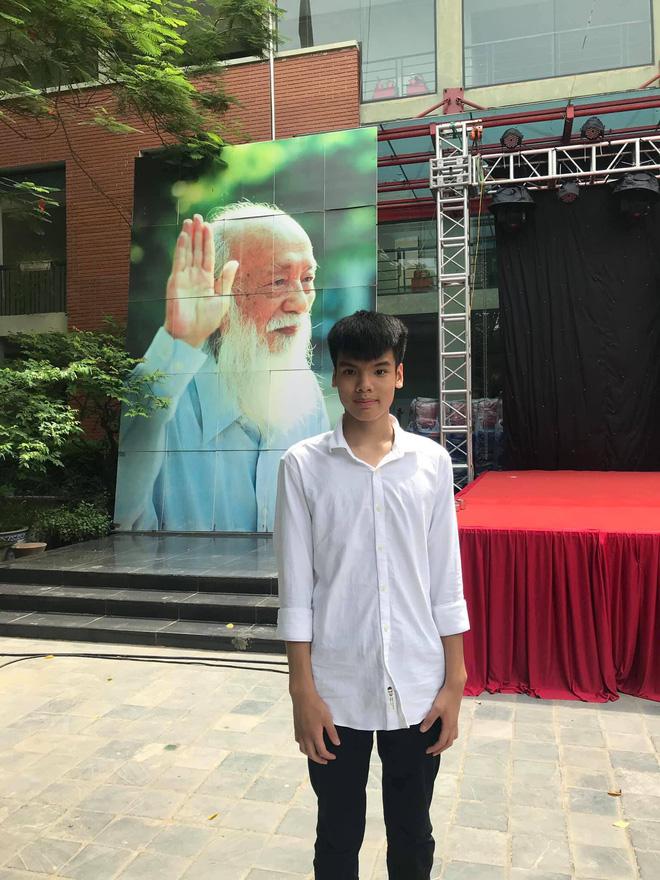 Con trai nữ lao công bị xe điên đâm tử vong trên đường phố Hà Nội đỗ lớp 10 trường Lương Thế Vinh-2