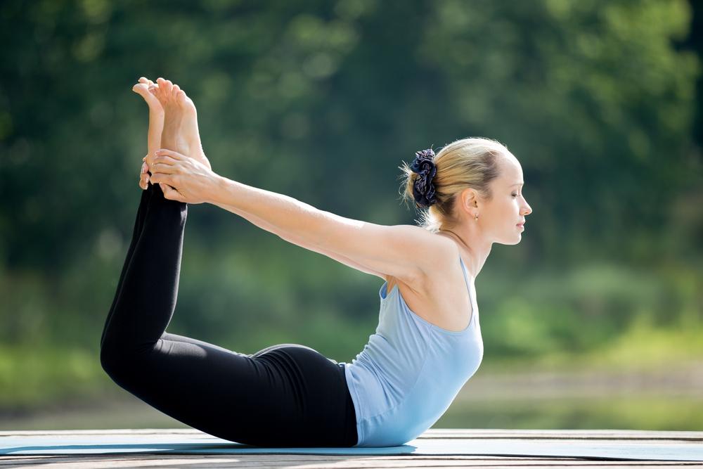 12 tư thế yoga giảm mỡ bụng tại nhà giúp lấy lại eo thon-11