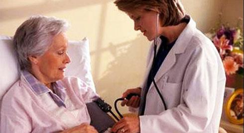 Bạn biết gì về nguyên nhân tăng huyết áp ở người cao tuổi?
