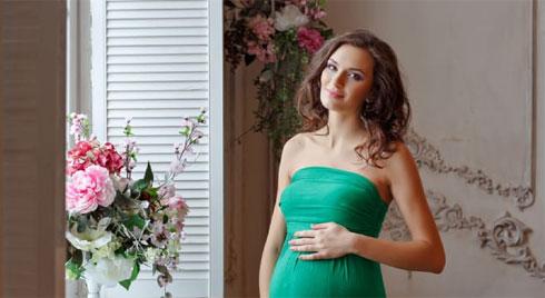 Bà bầu có nên đi làm tóc khi mang thai?