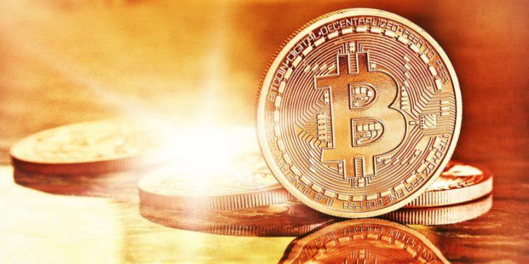 Bitcoin từ đáy đang hồi sinh-1