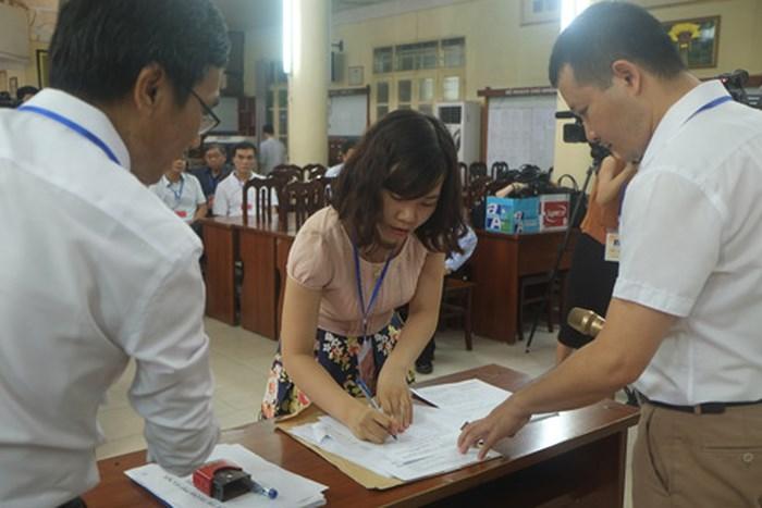 Cập nhật cho giám thị các tình huống xử lý trong kỳ thi THPT quốc gia-1