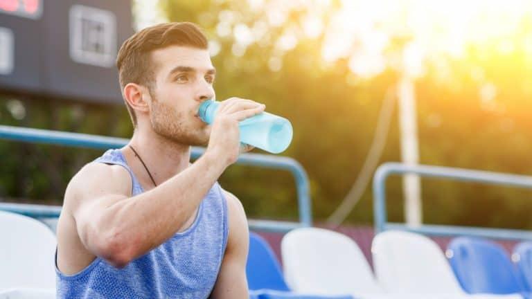 4 cách đơn giản giúp bạn phòng ngừa chấn thương thể thao-1
