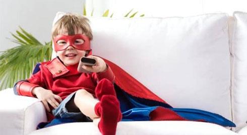 Khoảng cách xem TV thế nào để tránh gây hại cho mắt?