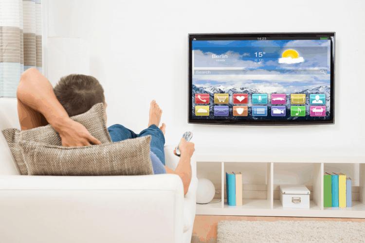 Khoảng cách xem TV thế nào để tránh gây hại cho mắt?-1
