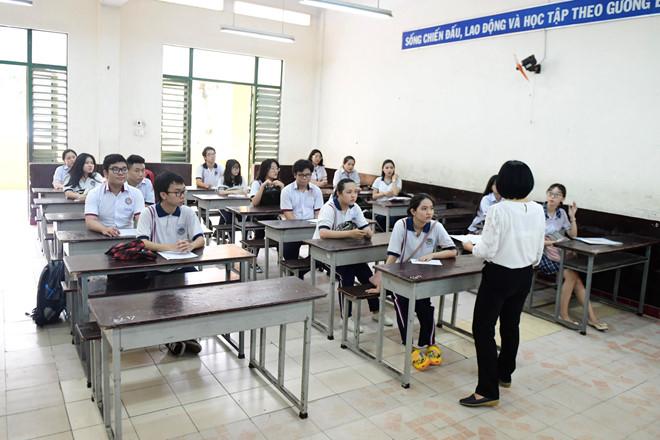 Lịch thi THPT quốc gia chi tiết trong ngày đầu tiên-1