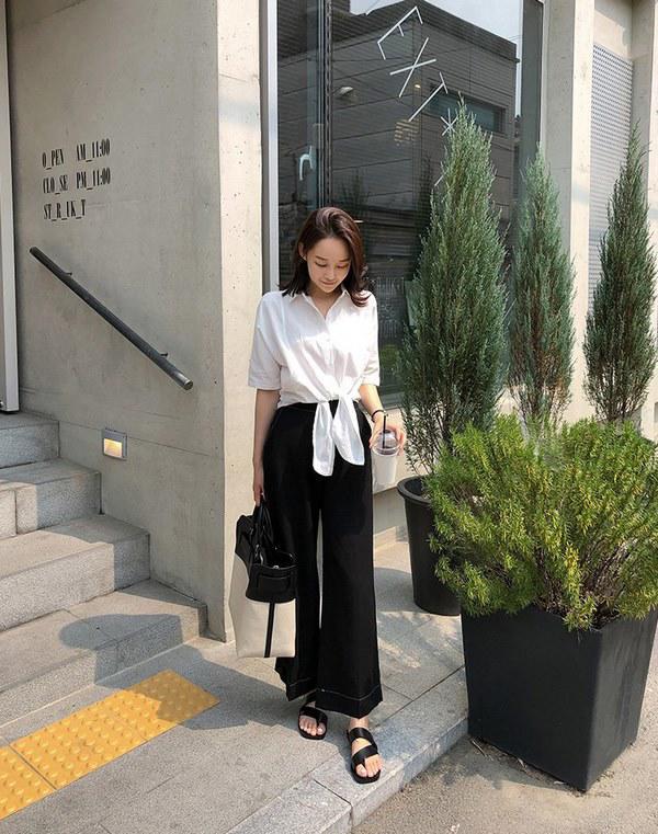 Khi Hà Nội lúc mưa lúc nắng, chị em học ngay mẹo diện đồ tối màu chuẩn sang xịn-3
