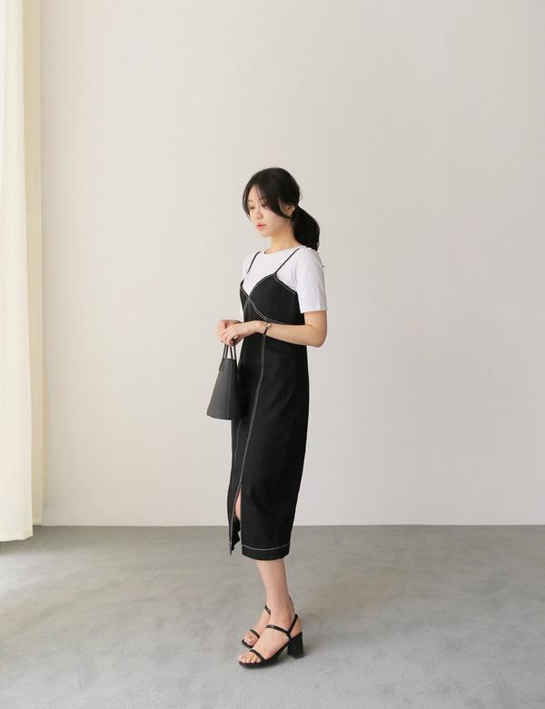 Khi Hà Nội lúc mưa lúc nắng, chị em học ngay mẹo diện đồ tối màu chuẩn sang xịn-12