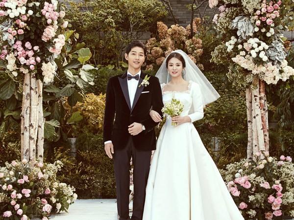 Mãi mãi là bao lâu? Hôn nhân của Song - Song đã khiến fan ngôn tình khóc nghẹn vì câu trả lời: Là 2 năm thôi!-2