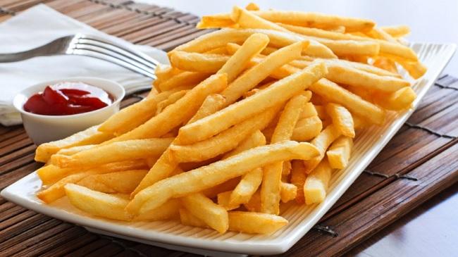 Bí quyết chiên khoai tây giòn tan, thơm lừng hơn ngoài hàng