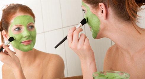 7 cách tự nhiên giúp bạn cải thiện da mặt chảy xệ