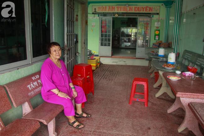 Ánh mắt cầu cứu của hơn 100 đứa trẻ tật nguyền, lớn lên bên bàn tay chăm sóc của người mẹ già 82 tuổi-19