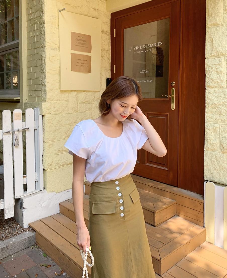"""Xin được nhấn mạnh: 5 kiểu ăn mặc sau đây sẽ khiến chị em công sở trông quê một cục""""-15"""