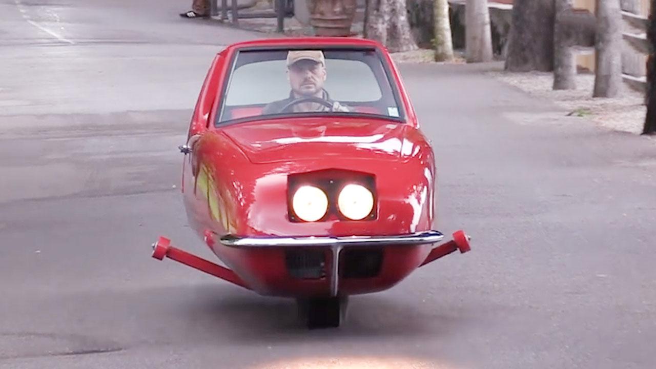 Chiêm ngưỡng ô tô...2 bánh được bán với giá cắt cổ 130 tỷ