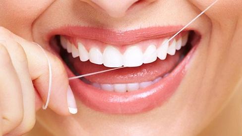 Mẹo hay để có hàm răng luôn trắng sáng