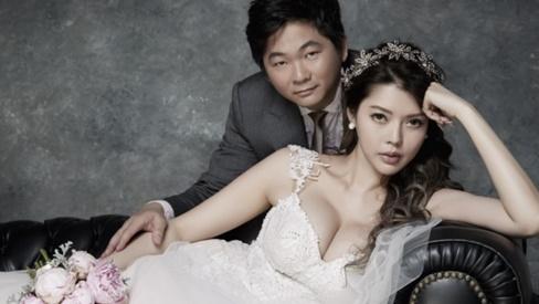 Cặp đôi đũa lệch đình đám Đài Loan: Tỷ phú xấu xí 'cưa đổ' siêu mẫu nóng bỏng sau 10 lần cầu hôn và cuộc sống hôn nhân khiến ai cũng 'ngã ngửa'