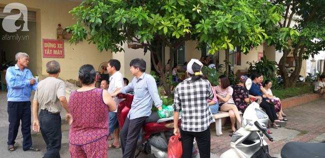 Hà Nội: Chung cư cao tầng bốc cháy dữ dội, hàng trăm cư dân tháo chạy hoảng loạn-4