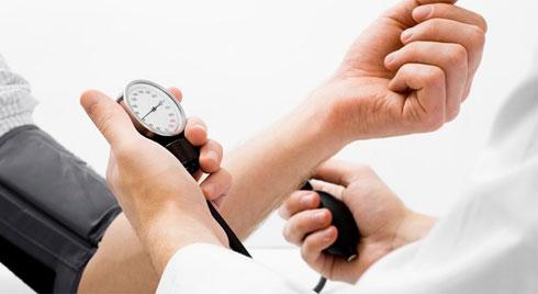 Lý giải hiện tượng khi tuổi cao dễ mắc bệnh cao huyết áp