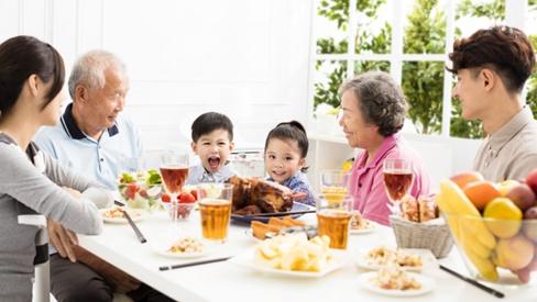 5 bí quyết sống chung với nhà chồng trong êm đẹp