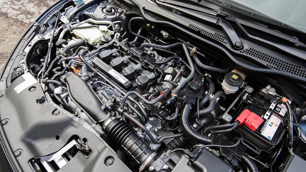 So sánh Honda Civic 2019 và Mazda3 2019: Cuộc đổi ngôi bất ngờ-11
