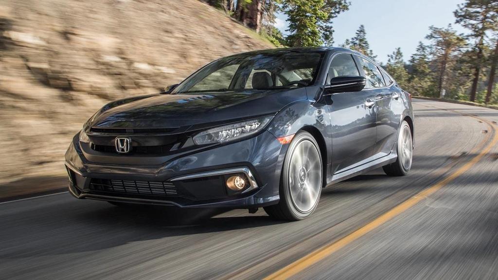 So sánh Honda Civic 2019 và Mazda3 2019: Cuộc đổi ngôi bất ngờ-15