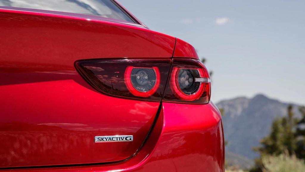 So sánh Honda Civic 2019 và Mazda3 2019: Cuộc đổi ngôi bất ngờ-18