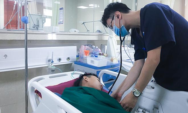 """Thiếu niên 15 tuổi đột quỵ sau cơn đau đầu, cảnh báo bệnh lý người già"""" ngày càng trẻ hóa-1"""