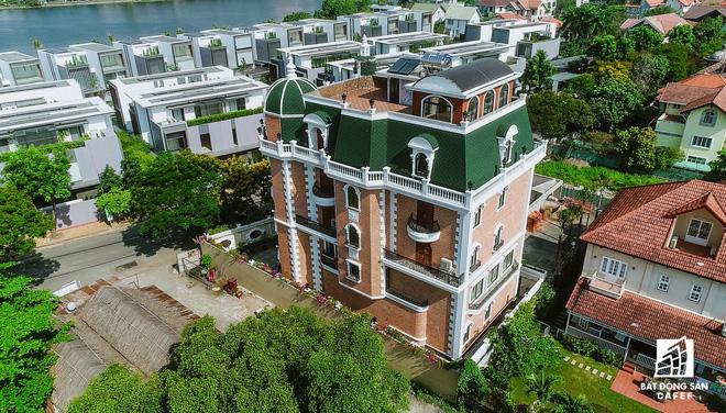 Nhà giàu cũng khóc trong những khu biệt thự sang chảnh bậc nhất Sài Gòn-6