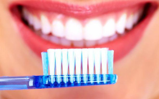 Kết quả hình ảnh cho cách tẩy răng
