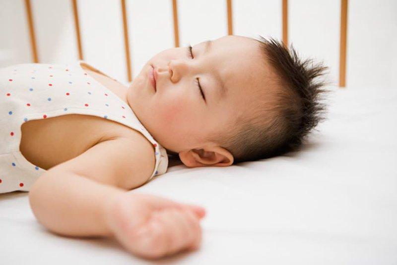 Bí quyết hạ sốt cho trẻ nhỏ an toàn hiệu quả tại nhà-3