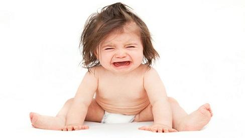 Nguyên nhân, tác hại và cách điều trị táo bón ở trẻ