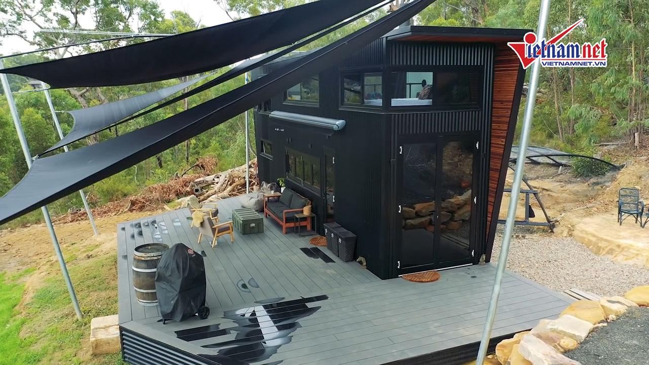 Ngôi nhà nhỏ giữa rừng do cặp đôi tự thiết kế đẹp lung linh