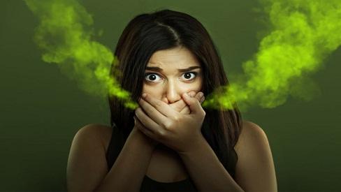 Nguyên nhân dẫn đến hôi miệng - Chỉ vì thói quen xấu này