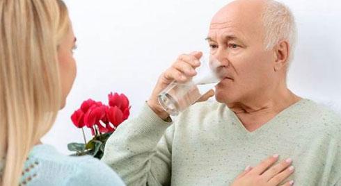 Nhận biết, xử trí nhiễm trùng tiết niệu ở người cao tuổi