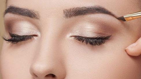 9 bí kíp makeup mắt đẹp thêm phần long lanh
